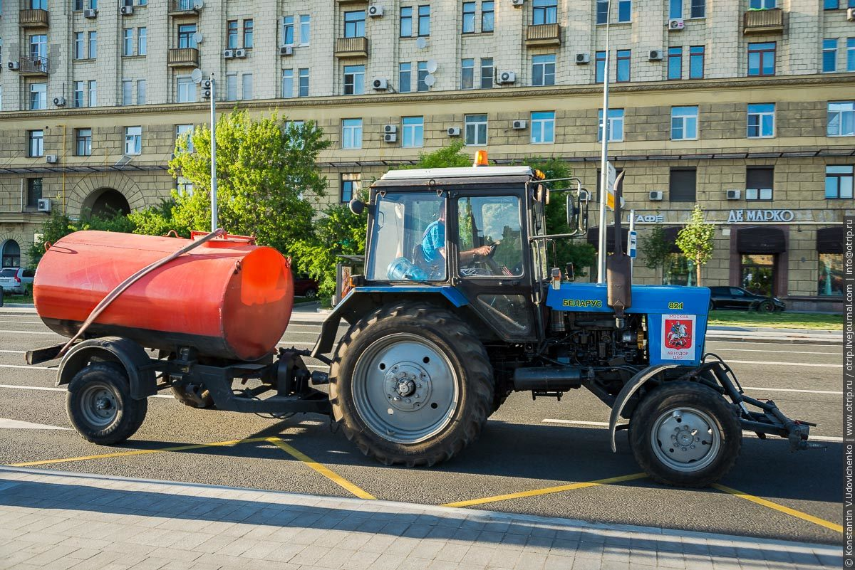 img2648s.jpg - Автобусная прогулка по Москве (2018.05.06)