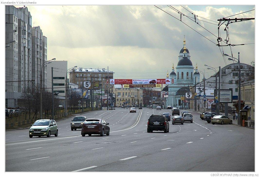 8112s_2.jpg - Москва, ч.2 Авиамоторная-Курская (19.04.2009)