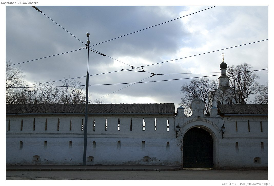 8120s_2.jpg - Москва, ч.2 Авиамоторная-Курская (19.04.2009)