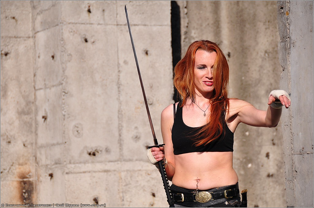 5406s_2.jpg - Коллайдер, оружие и женщины! (26.05.2012)