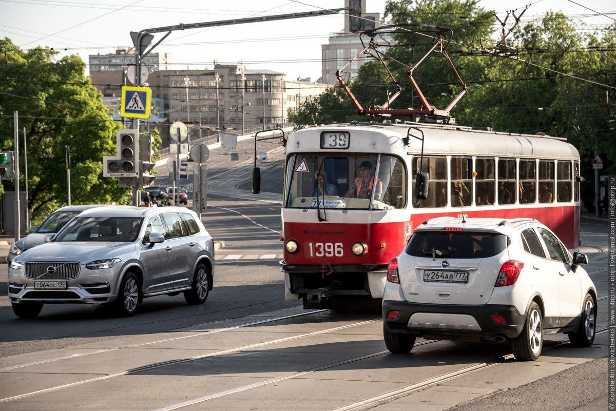 img3611s.jpg - Москва - Чистые пруды - Кропоткинская (14.05.2016)