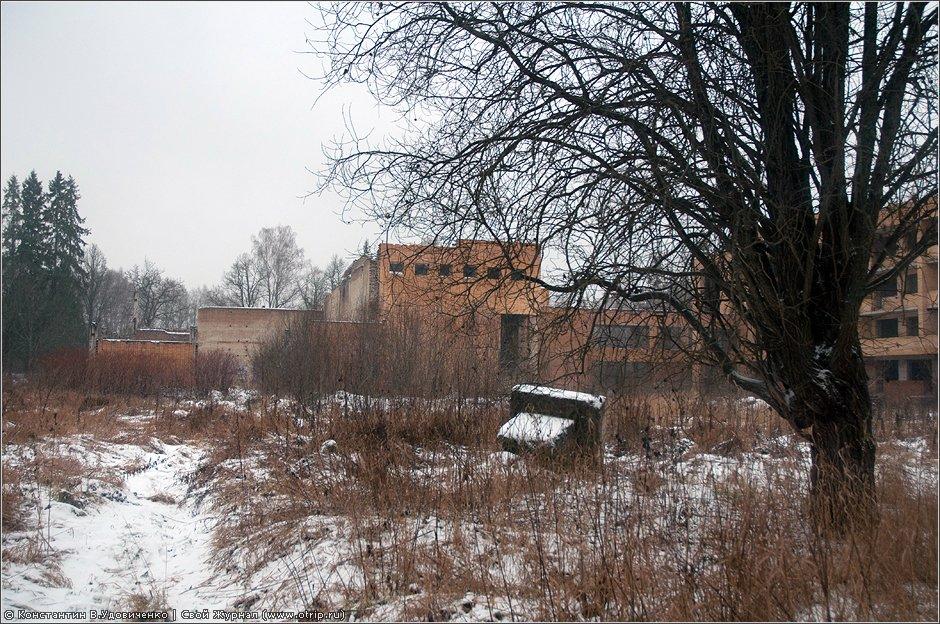 7132s_2.jpg - Недостроенный пансионат, Марфино (03.12.2011)