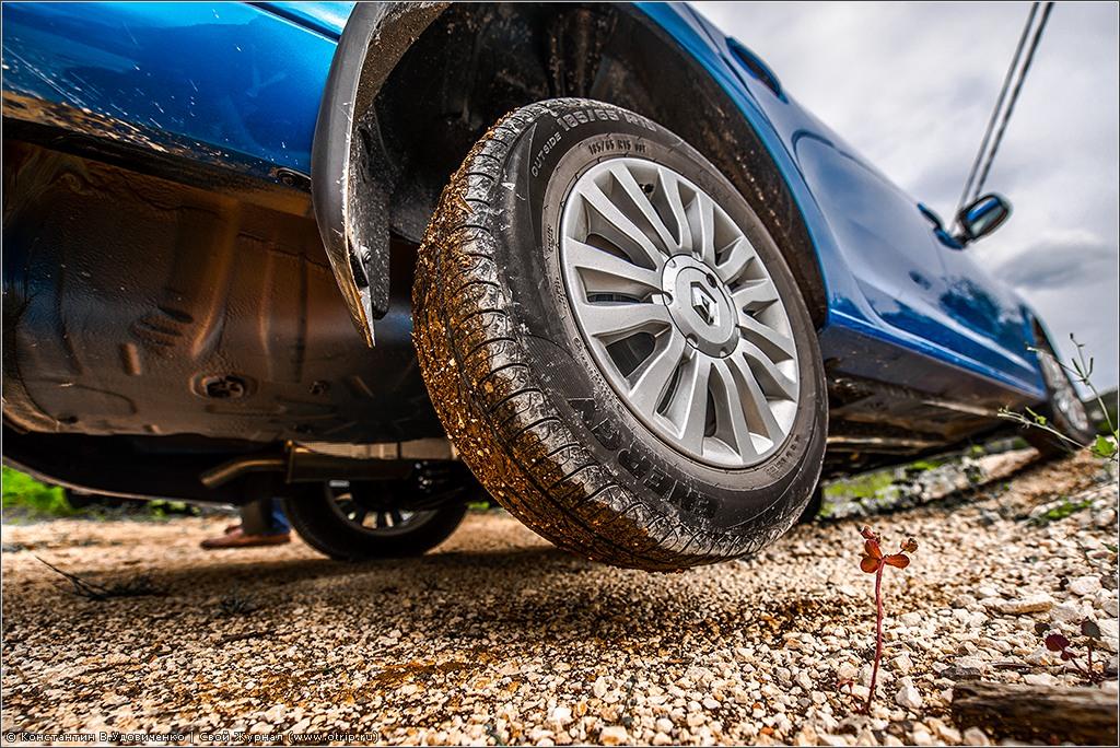 126-3001s.jpg - Тест-драйв нового Renault Logan (16-18.04.2014)