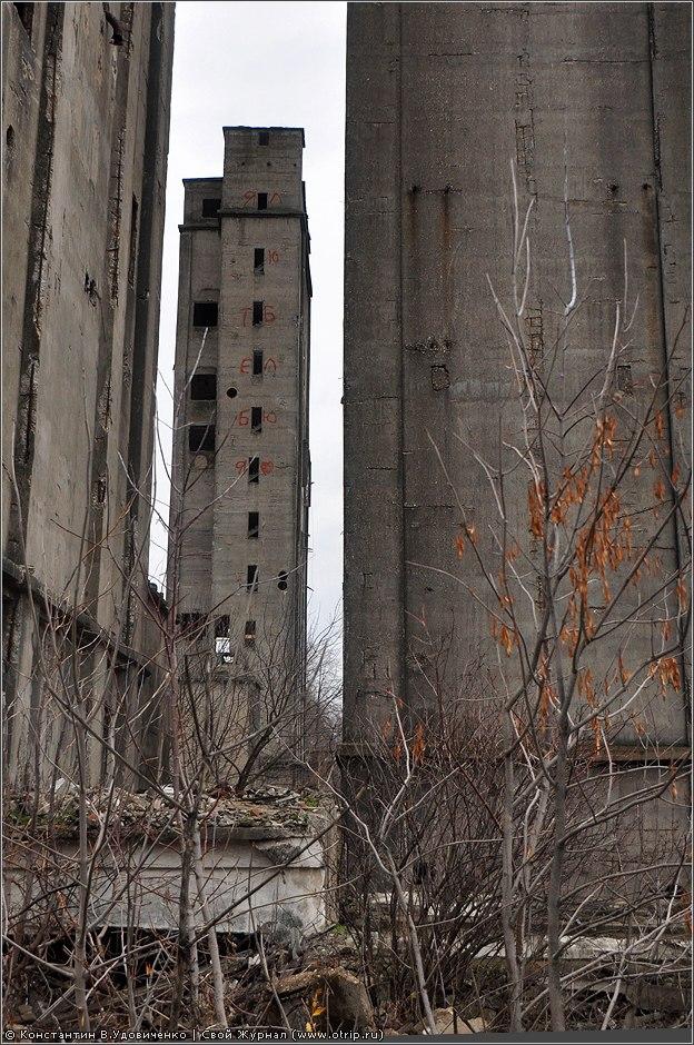 1211s_2.jpg - Заброшенные элеваторы, Ярославль (06.11.2010)