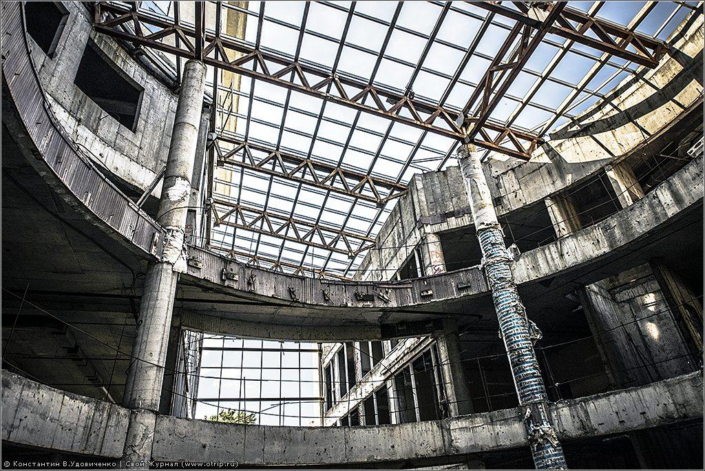 137-8673s.jpg - Заброшенный бизнес-центр (23.07.2014)
