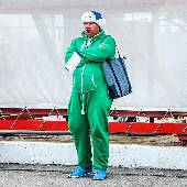 Гонка #formula1 скоро начнётся, болельщики ждут с нетерпением. #f1sochi #f1sochi2015 #f1otrip #russiangp #f1 #formula1 #sochiautodrom