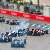 Гонка Формулы 1 была зрелищная, даже с трибун. Билеты на трибуну Т2 оправдались. #f1sochi #f1sochi2015 #f1otrip #russiangp #f1 #formula1 #sochiautodrom