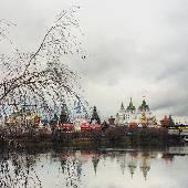 В то время как весь продвинутый люд едет на работу, йа пырюсь на Измайловский кремль.