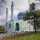 Хотя, за мечетями надо в Крым ехать. Ну раз уж она тут есть. То вот. #spbint2018
