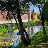 Смоленский кремль неплохо починили.
